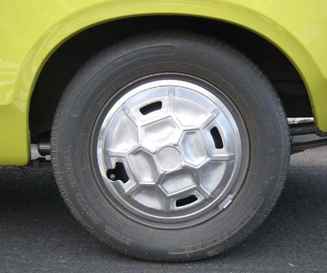 1975 Datsun B210
