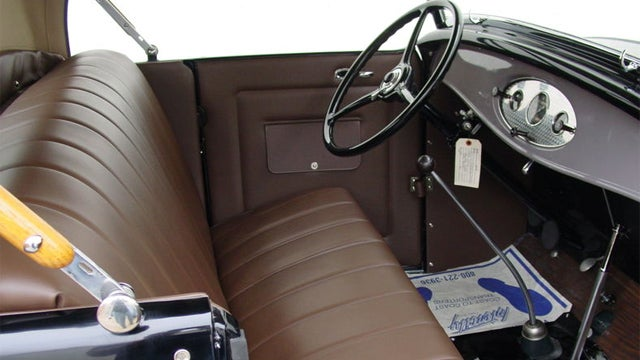 """1932 Deluxe Roadster is as close as you'll get to a """"new"""" 80 year old Ford"""