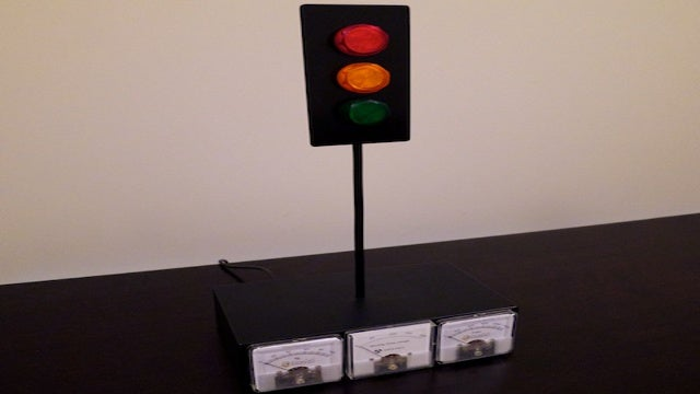 Xbox Live Traffic Light Notifies You When Friends are Gaming