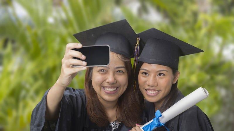 Bryant University Instituting Selfie Ban for Graduation