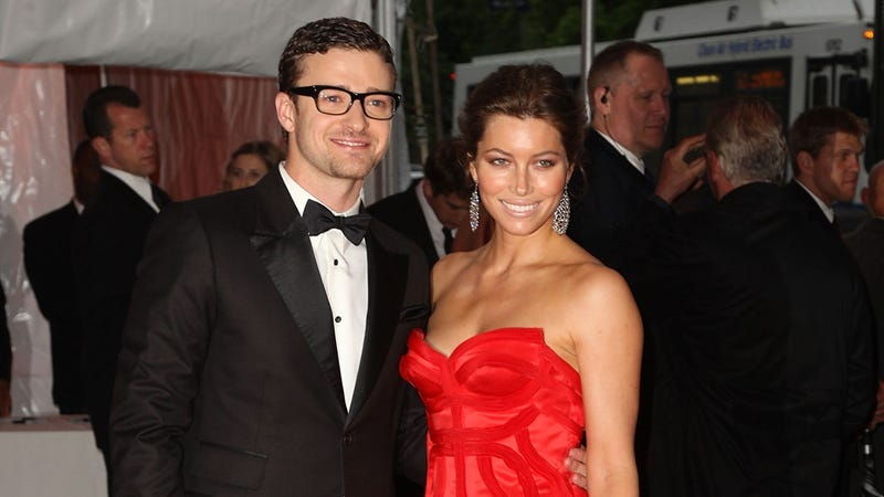 Justin Timberlake and Jessica Biel Are Officially Married; Andy Samberg Among Their Kidnap Victims