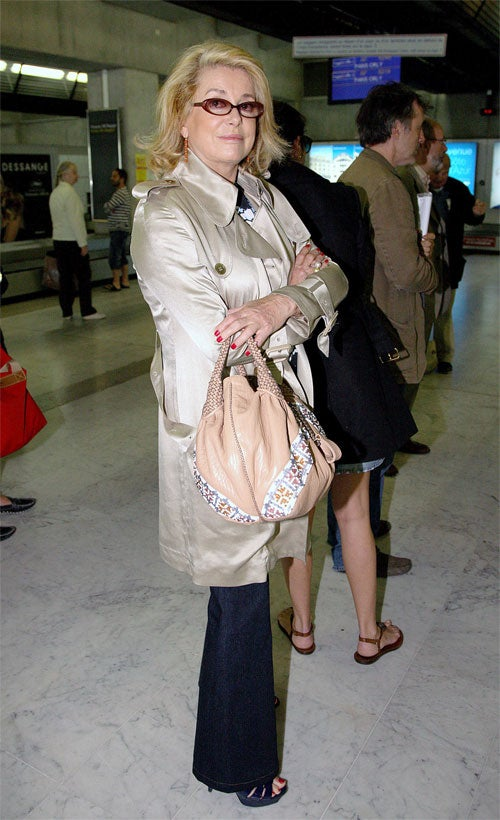 """Catherine Deneuve Busts Out The """"Bish Plz"""" Pose"""