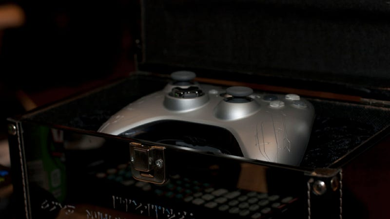Behold the Custom Etched Skyrim Controller
