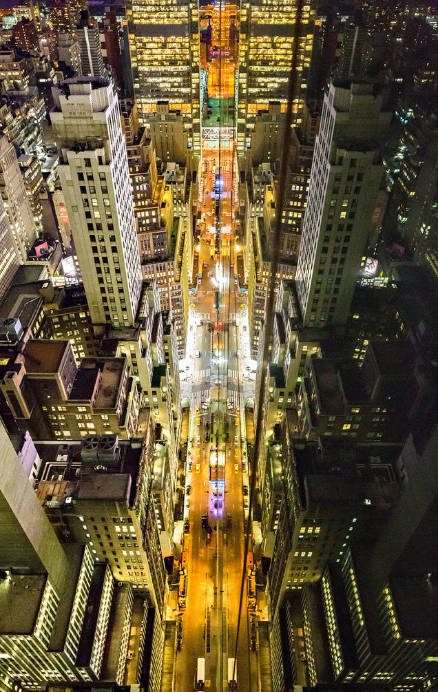 Stunning photos of windows transform New York City into a starship