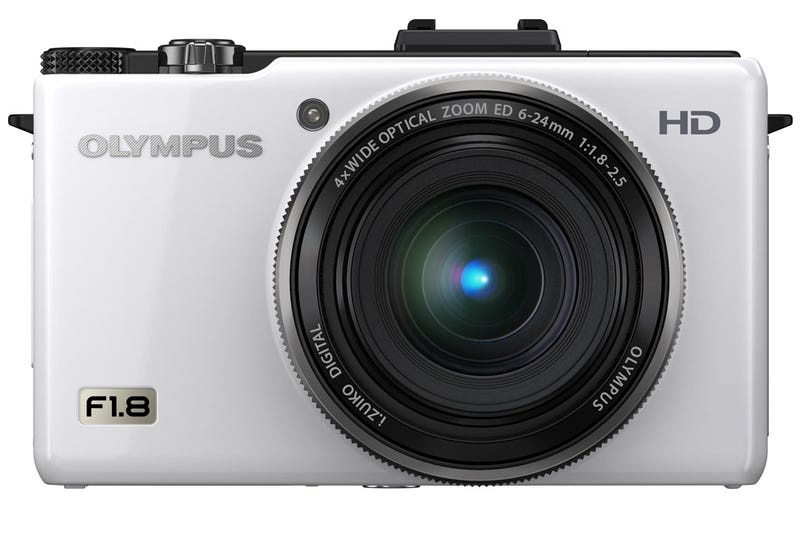 Olympus Pen E-PL2 and XZ-1 Are Powerful, Affordable and Accessorize Fabulously