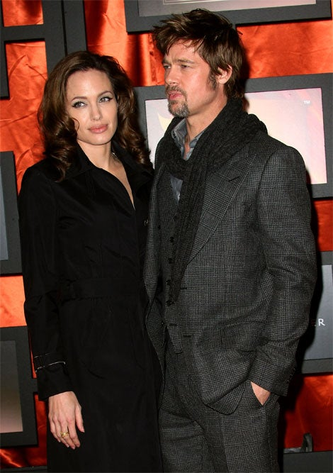 Brad & Angelina's Matching Haircolor, Nonplussed Pouts