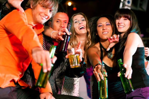 Heavy Drinkers Live Longer than Nondrinkers, Maybe Because They're More Fun