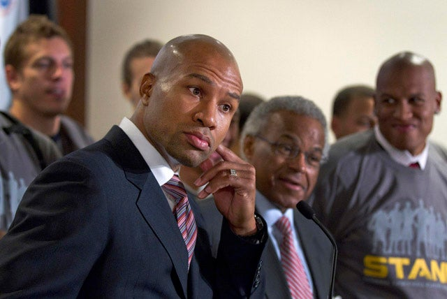 Report: Billy Hunter Moves To Push Derek Fisher Out As Union President