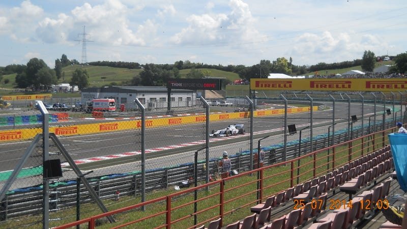 High Noon at the Car Slinger Wild East - F1 Hungary Experience
