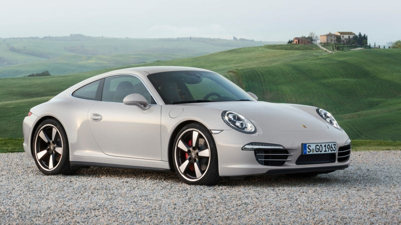 Porsche 911 50 Years Edition: Tastefully Retro