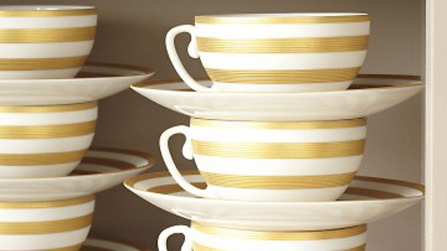 Stack Teacups and Saucers Together to Avoid Toppling