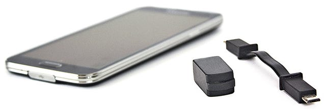 Mooch Power From Another Smartphone With This Tiny Charging Cable