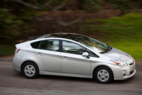 Toyota Announces 2010 Toyota Prius Recall During Super Bowl, Jerks