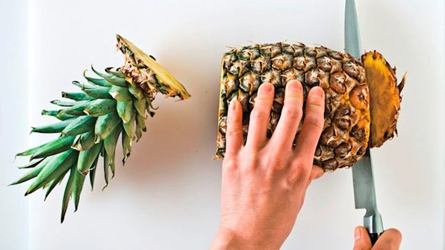 The Easiest Way to Butcher a Pineapple
