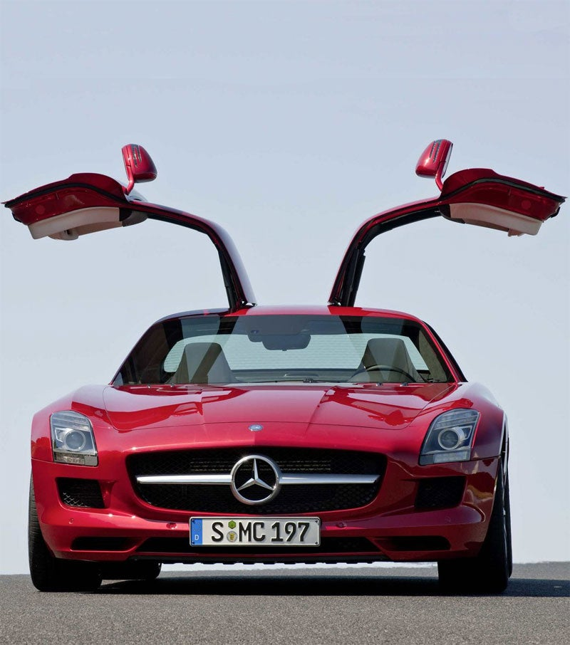 Mercedes SLS AMG: More Photos! More Details! More Gullwing!