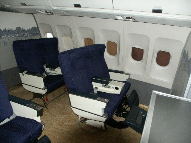 Airplane Cabin for Sale Will Make You Apartment Commander