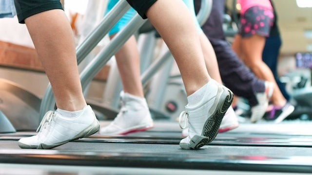 Try Exercising During the Middle of the Day for an Energy and Productivity Boost