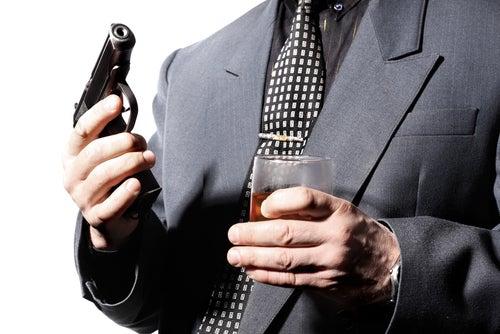 Hot New Trend Alert: Guns in Bars