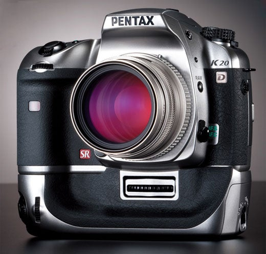 Pentax K20D Titanium Edition Charges $500 Extra For a Fancy Finish