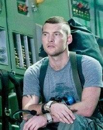 Sam Worthington Teases James Cameron's Avatar