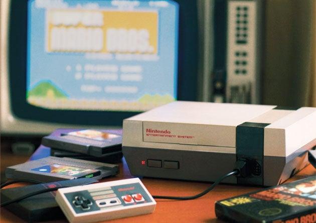 Nintendo Keeps Super Mario's 25th Anniversary Classy For America