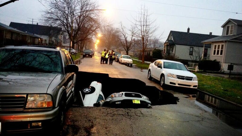 Chicago Sinkhole Swallows Three Cars