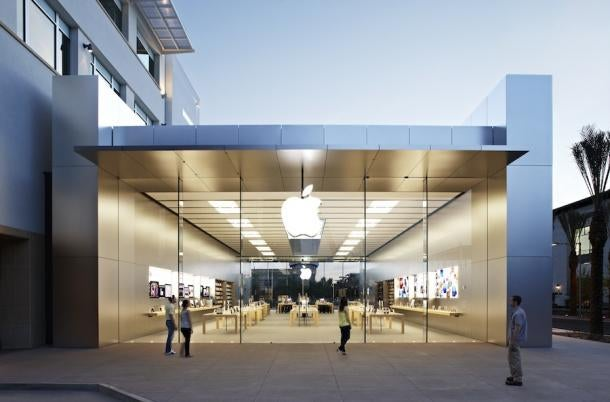 Apple building 100 new stores with an updated design this year for Store building design