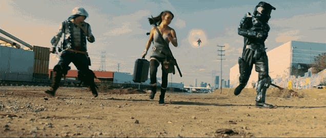 Mario Fights Master Chief and Lara Croft, Kicks Their Asses