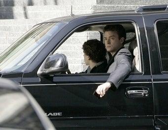 Zuckerberg's Sleepy Pants Inspire Timberlake's Swear-Finger Happy Dance