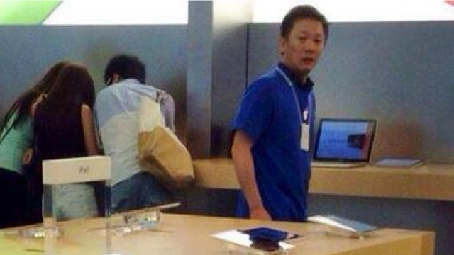 Don't Let Your Kids Pee in Apple Stores