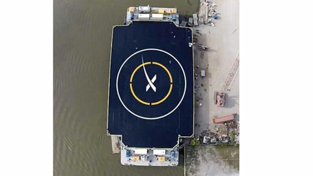 SpaceX Is Testing Autonomous Space Rocket Landing Ships