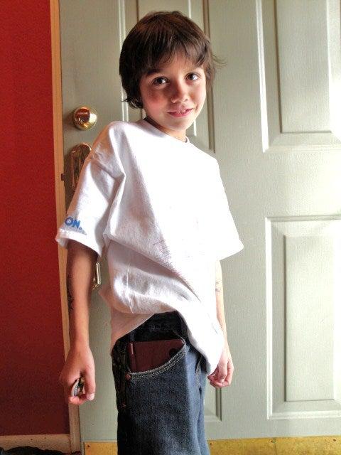 DSi XL Passes The Pants Test