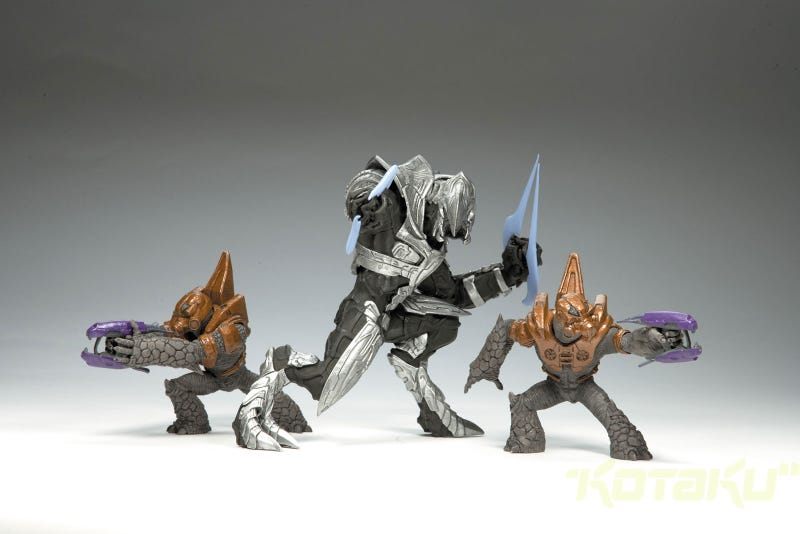 Halo Wars Figures Receive Reinforcements