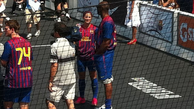 This Evening: Talk To Women The Way Kobe Talks To Alex Morgan, With Both Hands In Your Pants