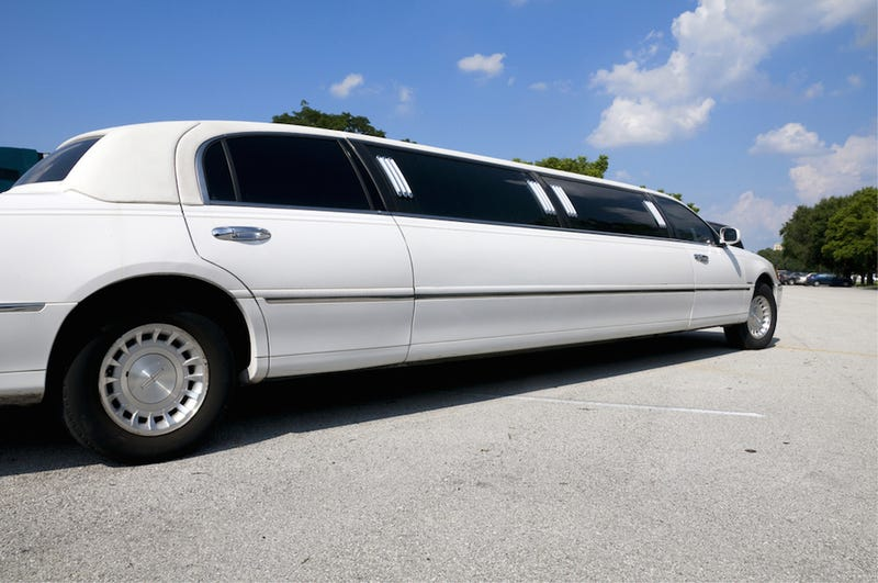 Drunk Guy Steals Limo, Takes Passengers on Terrifying Joy Ride