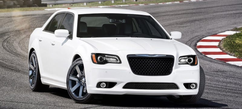 the jeep grand cherokee srt lives but the chrysler 300 srt. Black Bedroom Furniture Sets. Home Design Ideas