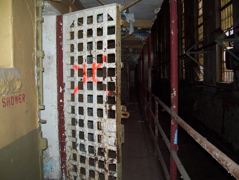 Live out your Walking Dead fantasies in this abandoned Tennessee prison