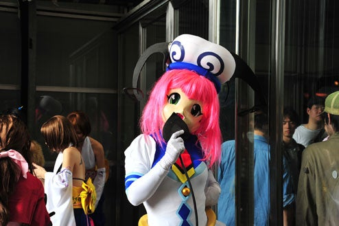 A Dressed-Up Stroll Down TGS Cosplay Alley