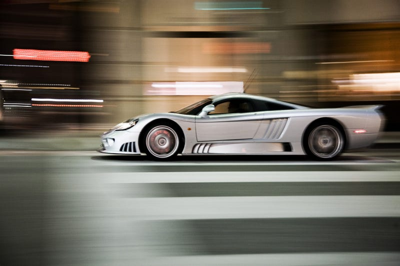 Your ridiculously awesome Saleen S7 wallpaper is here