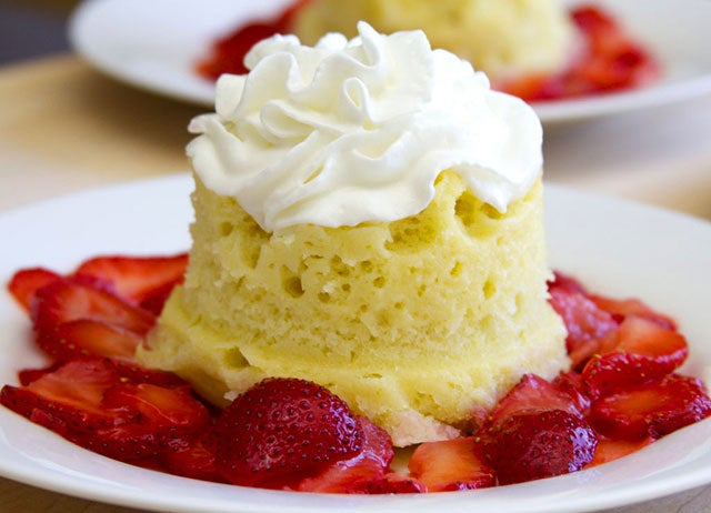 Moist Vanilla Microwave Cake Recipe