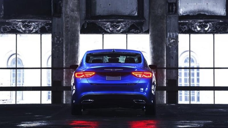 2015 Chrysler 200: A Mopar Midsizer You Won't Be Embarrassed To Own