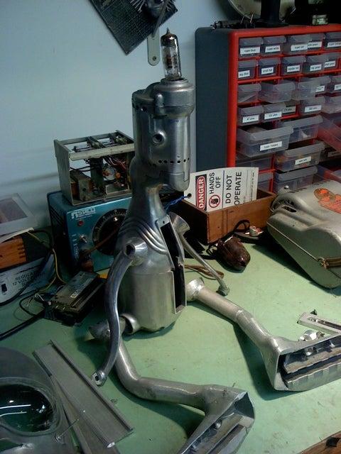 Nemo Gould's Retro-Futurist Robot Menagerie