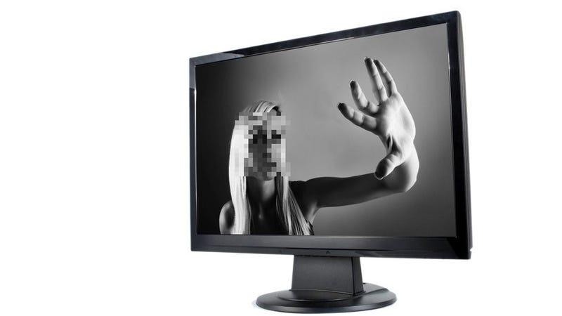 Sad Website Will Create Sad Virtual Girlfriend for Your Sad Life