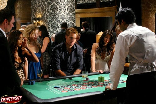 "Smallville: ""Crossfire"" and ""Roulette"