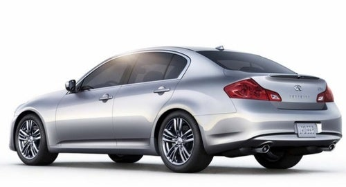 The Infiniti G25 Is A $2300 Lame-O Discount Package