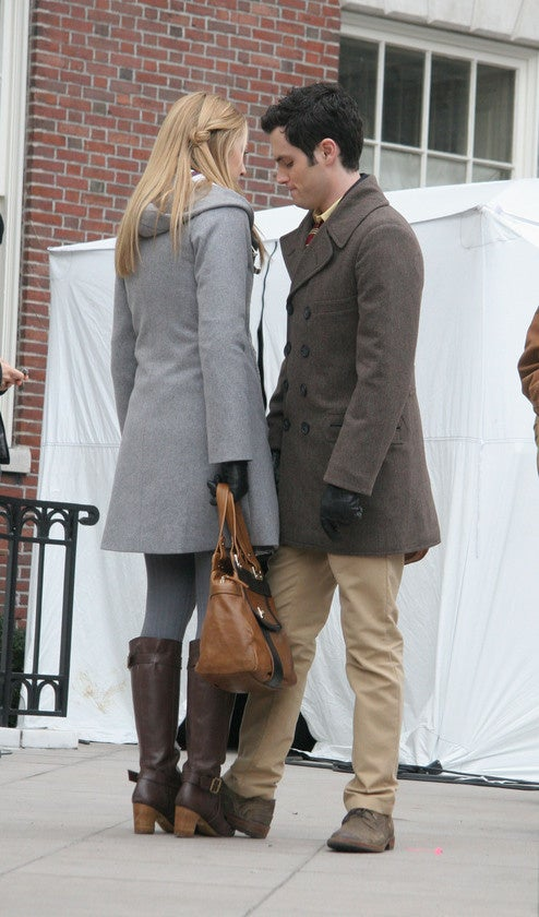 Gossip Girl Actors About To Sniff Each Other's Butts