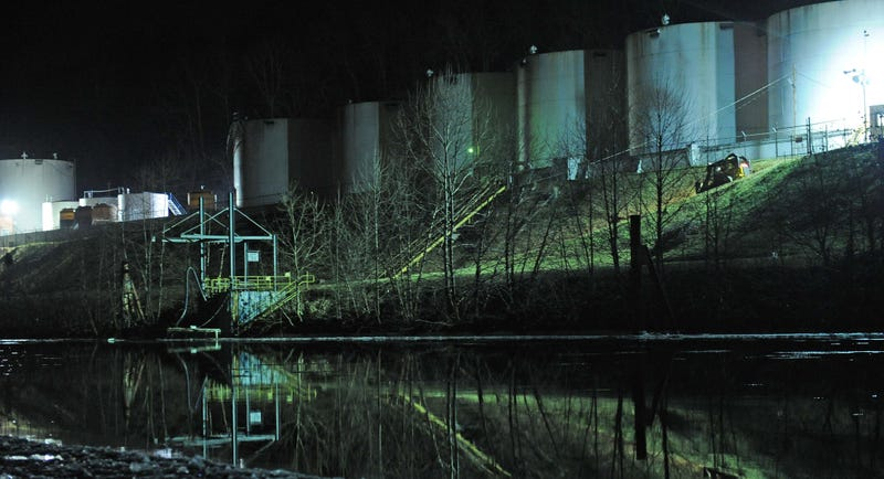 Humans Become Unwilling Test Subjects in West Virginia Chemical Spill