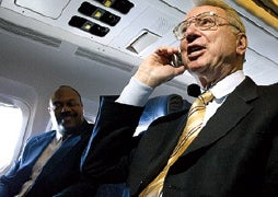 FCC Changes Its Mind About In-Flight Calls