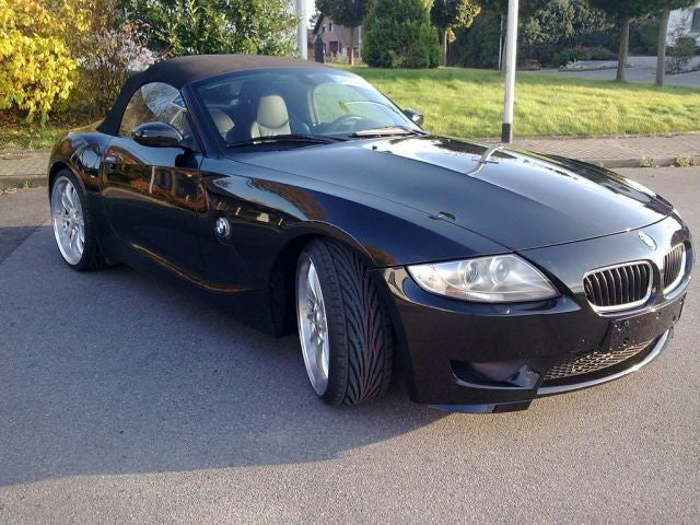 V10-Powered BMW Z4: The Non-Hairdresser Version