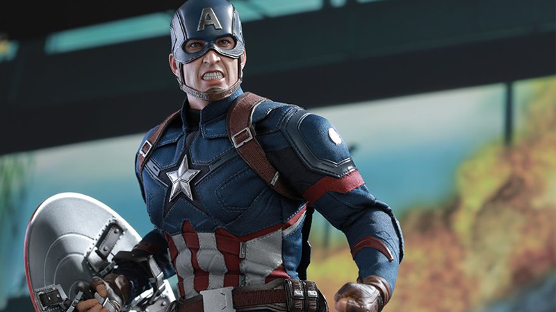 Hot Toys' New Marvel Figures Prove the Real Civil War Is Over Your Wallet